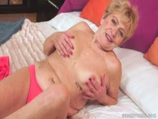 Abuela viejo loco malya luvs phat perilla