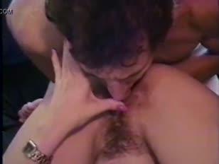 Porno casero gay pillados en baños publicos