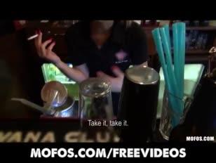 Videos caseros xxx en bares pag2