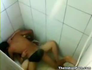 Los baños indios resuenan redtube los adolescentes gratis porno vids los vídeos inexperimentados y los clips