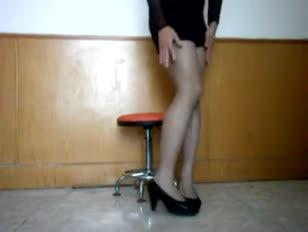 Se cogen a gay vestido de mujer xnxx