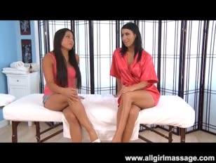 Videos gratis de lesbianas en micro bikini